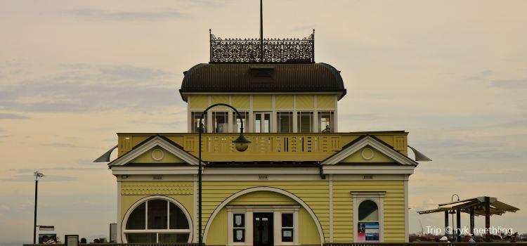St Kilda Pier1