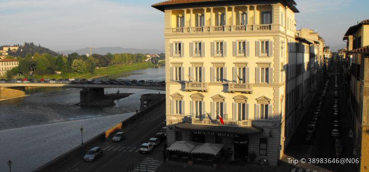Piazza Ognissanti3