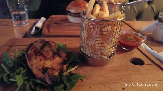 Tribeca - Pub & Charcoal Grill