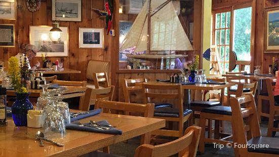 Good Harbor Grill