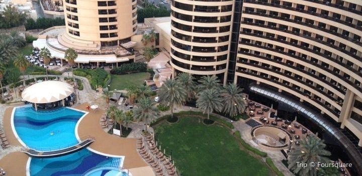 Le Royal Meridien Beach Resort and Spa1