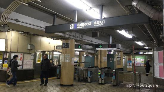 Kamimaezu Station