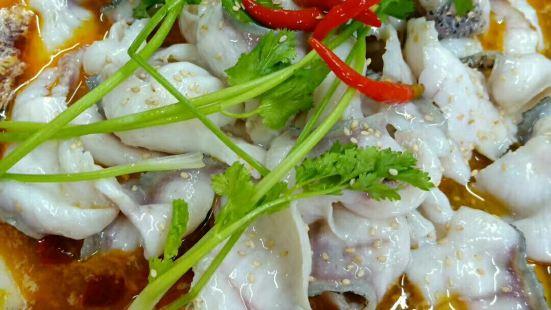 龍門石鍋魚