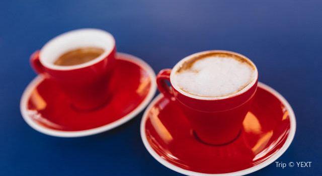 Latin Cafe 20002