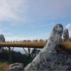 Golden Bridge User Photo
