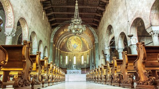 聖賈斯特斯大教堂