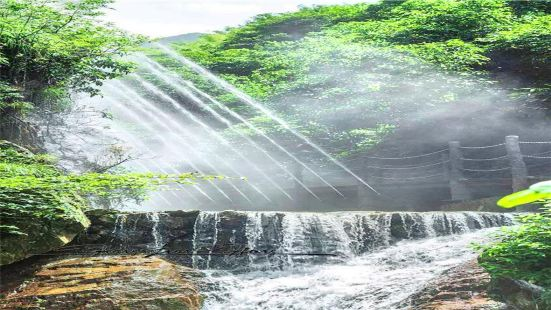 Guanyin Cave Ice Springs Scenic Area