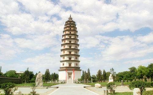 The Kaiyuan Temple Pagoda