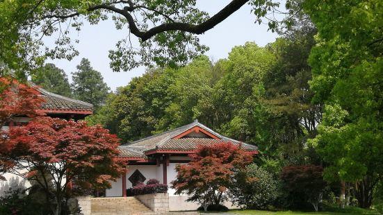 石峰公園動物園