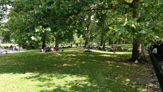 Brenchley Gardens