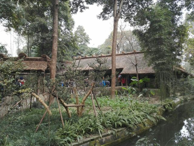 Du Fu's Thatched Cottage