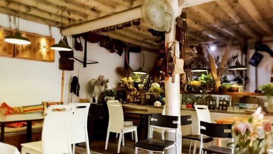 Da Xiong Restaurant