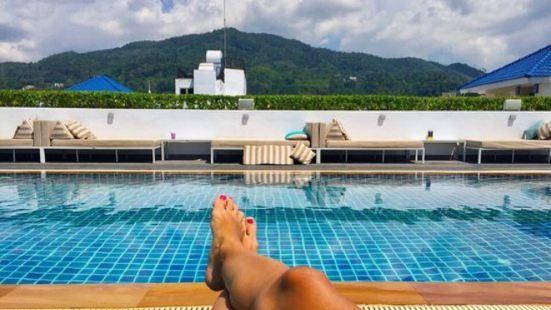 On Top Phuket Rooftop Bar & Pool