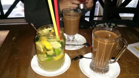 BARbar Cafe & Chocolate