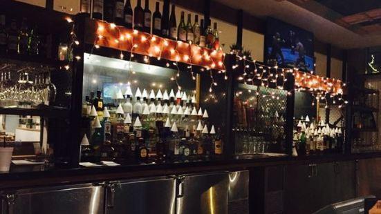 Territory Kitchen & Bar