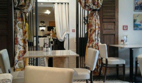 Left Bank Cafe3
