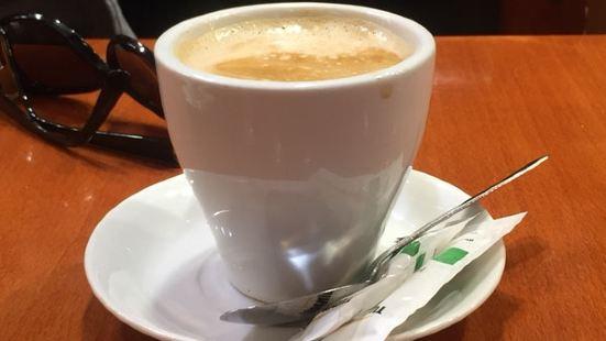 Cafe Apolo