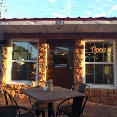 Peekaboo Canyon Wood Fired Kitchen User Photo