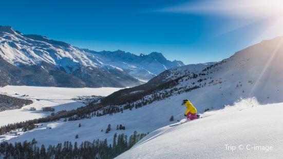 嶧山滑雪場