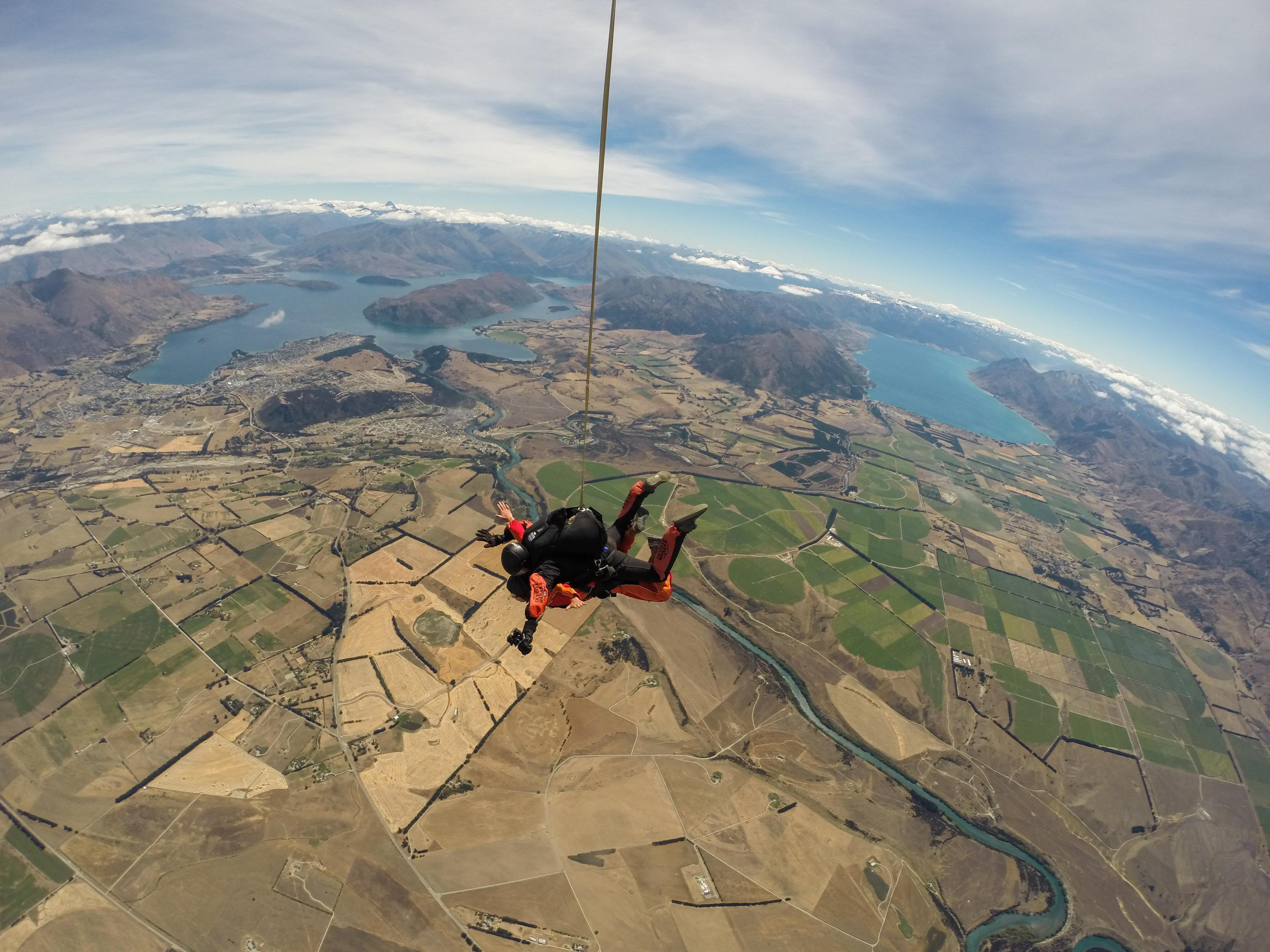 瓦納卡跳傘