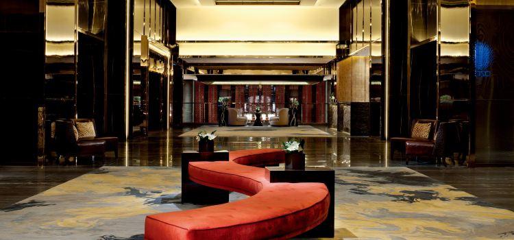 The Lounge & Bar at The Ritz-Carlton, Hong Kong