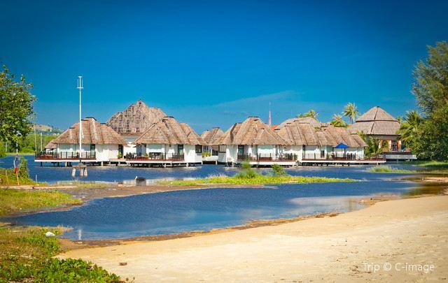 シアヌークビル:カンボジアのビーチパラダイス