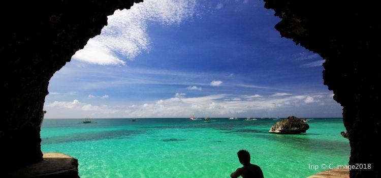 Crystal Cove Island2