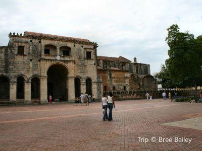 哥倫布燈塔