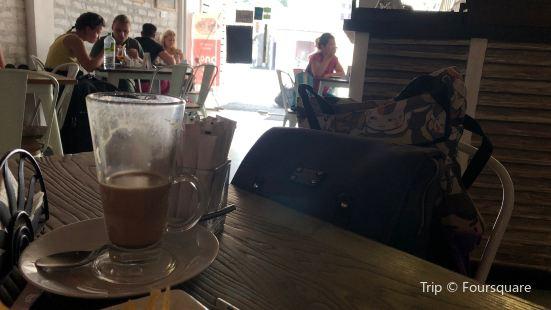 O Mirissa Cafe & Bistro