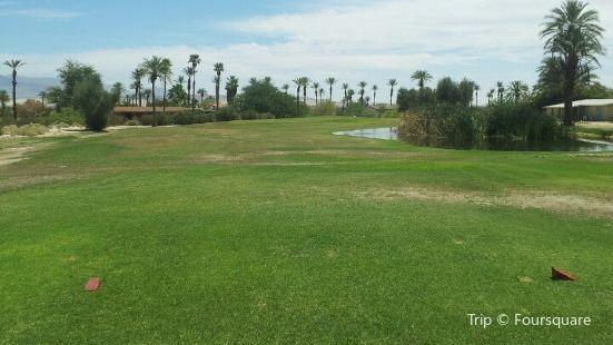 Club Circle Golf Course
