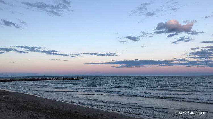 Stabilimento Balneare Miramare Travel Guidebook Must Visit