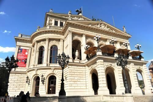 法蘭克福老歌劇院