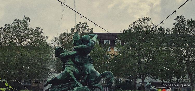 Stuhlmannbrunnen3