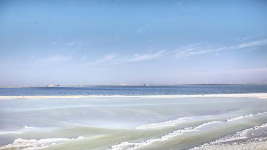 察爾汗鹽湖