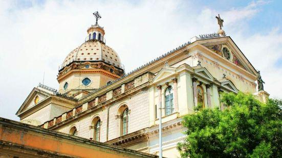 サンタ マリア イン モンテサント