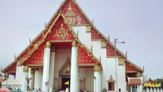 Vihara Phra Mongkhon Bophit