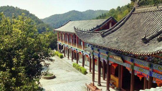 Luhu Temple