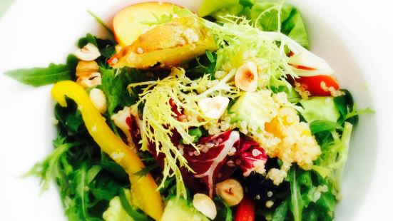 Healthy Food Restaurant Latuk