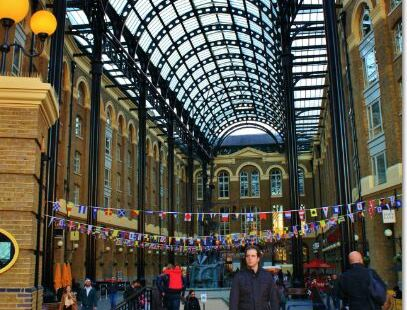 Balls Brothers - Hay's Galleria