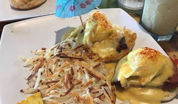 Cheeseburger In Paradise Reviews: Food & Drinks in Hawaii