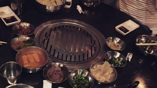 八色烤肉(western avenue)