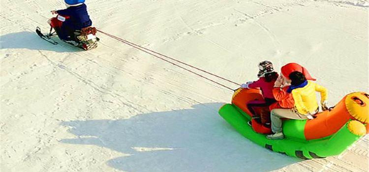 平地泉水世界冰滑雪場1