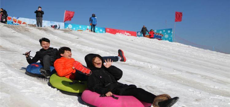 鴻象戲雪樂園1