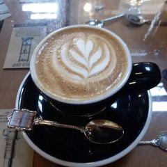 Black Betty Cafe User Photo