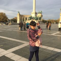 Heroes' Square User Photo