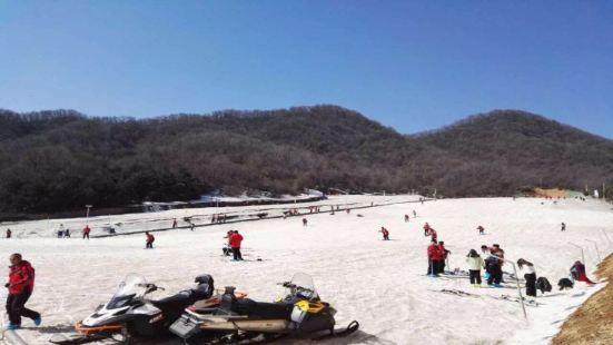 七彩雲頂滑雪場