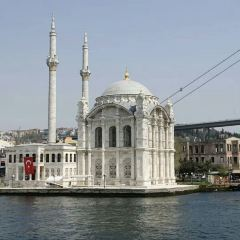 Dolmabahçe Mosque User Photo