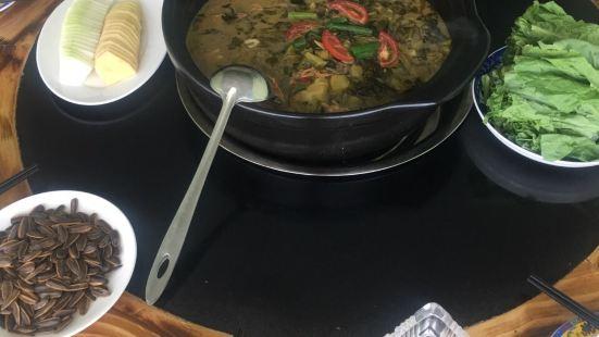 香緹老壇酸菜竹筍主題餐廳