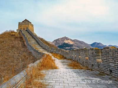 Nine-Gate Water Great Wall