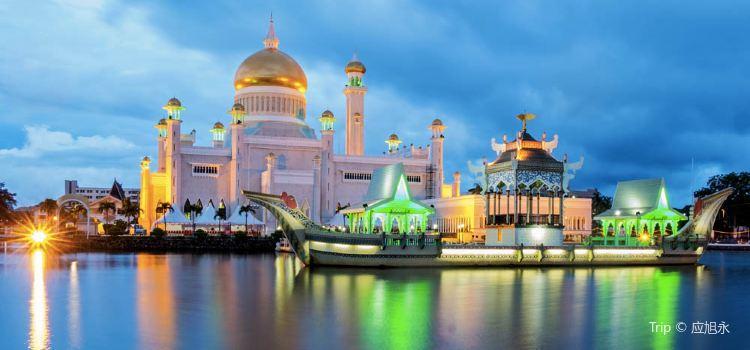 Sultan Omar Ali Saifuddien Mosque3